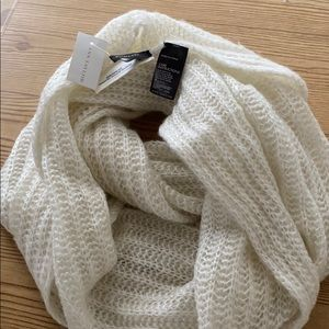 Ann Taylor wrap around scarf